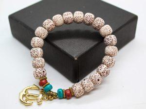 Anchor Beads Bracelet