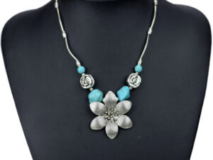 Flower Pendant Necklace
