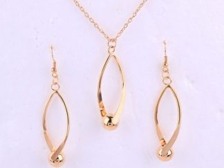 Hallow Jewellery Set